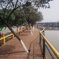 供应景观工程服务/河堤/防腐木/地面铺设