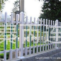 草坪护栏草坪围栏园艺护栏PVC护栏免维护