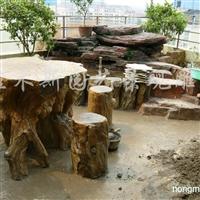 供应仿木桌凳、仿根雕、水泥小品