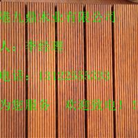 菠萝格木各国各地的菠萝格木原木开材中