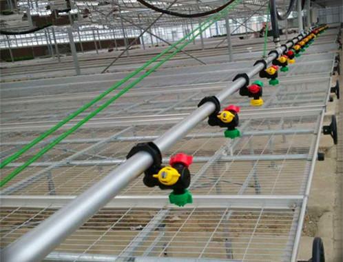 大棚双臂喷灌机-育苗喷淋设备厂-做工精细
