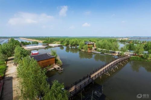 天津:宝坻亩芦苇打造湿地公园景观特色