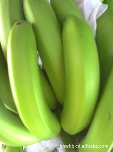 供海南产特级的新鲜的香蕉