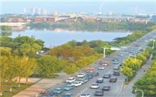 河南商丘市道路绿化普及率达99%