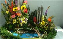 柳州:插花名师赏赴柳州传扬中国传统插花艺术