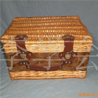 供应柳编野餐篮,洗衣篓。