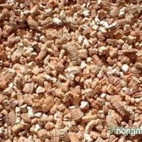 我厂专业生产园艺蛭石,规格齐全,价格优惠