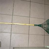 供应台湾刘盛22齿弹簧草耙